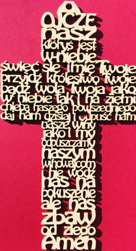 Ażurowy Krzyż